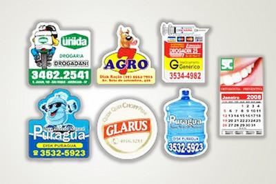 Imã Personalizado de Geladeira no Jardim Comercial - Cordões para Crachás no RJ